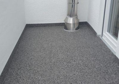 Balkonsanierung-vielseitiger-Steinteppich