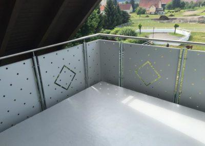 Komplettsanierung-balkonboden-steinteppich-geländer-wellendingen-nachher-vorher