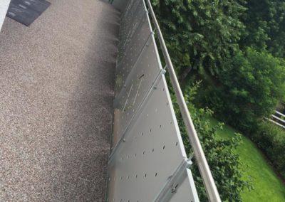 balkonsanierung-balkongeländer-steinteppich
